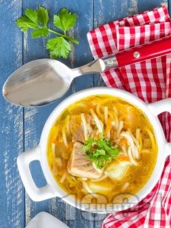 Вкусна бистра супа с картофи, свинско месо и фиде (без застройка) - снимка на рецептата